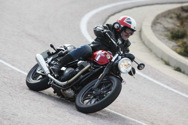020416-top-10-affordable-2016-07-triumph-street-twin