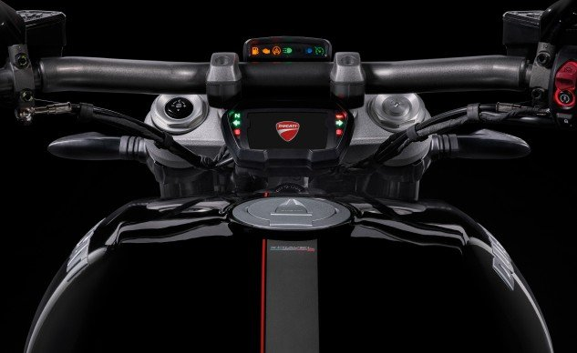 2016 Ducati XDiavel tank and instruments