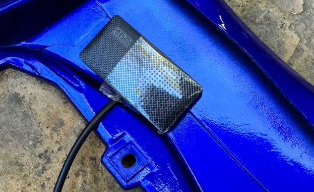 In this protected location under the tail section, the GPS receiver will (hopefully) remain dry enough to not compromise the tape covering the speaker. Innovv should waterproof the receiver and the DVR for motorcycle use.