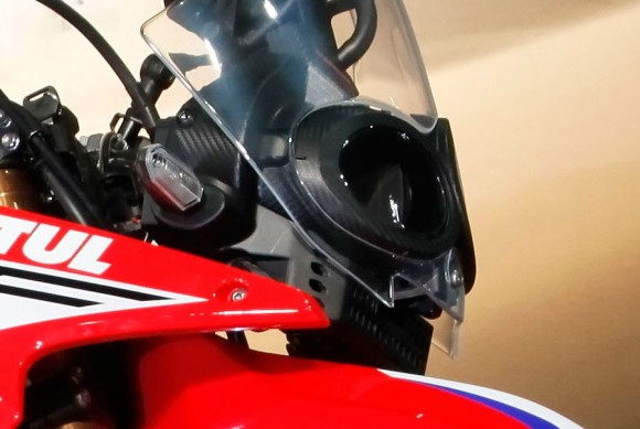 032316-honda-crf250-rally-prototype-2016-headlight