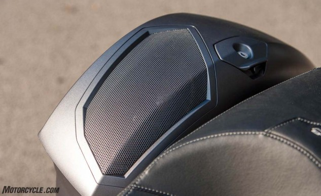 The clean looks of the rear speakers highlights the integration you get with factory sound systems. The additional bass and the presence of sound from behind the rider increases the rider's enjoyment of the music.
