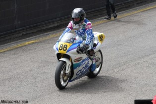 032916-barry-sheene-festival-2016-Magee was the fastest 500 legend all weekend