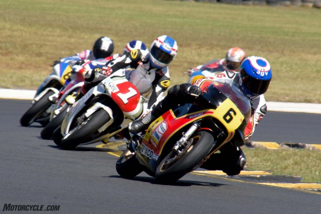 Steve Parrish leads Kevin Schwantz, Freddie Spencer and Kevin Magee.