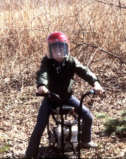 If only I still had that helmet, pull start, and paddle-on-tire brake system...