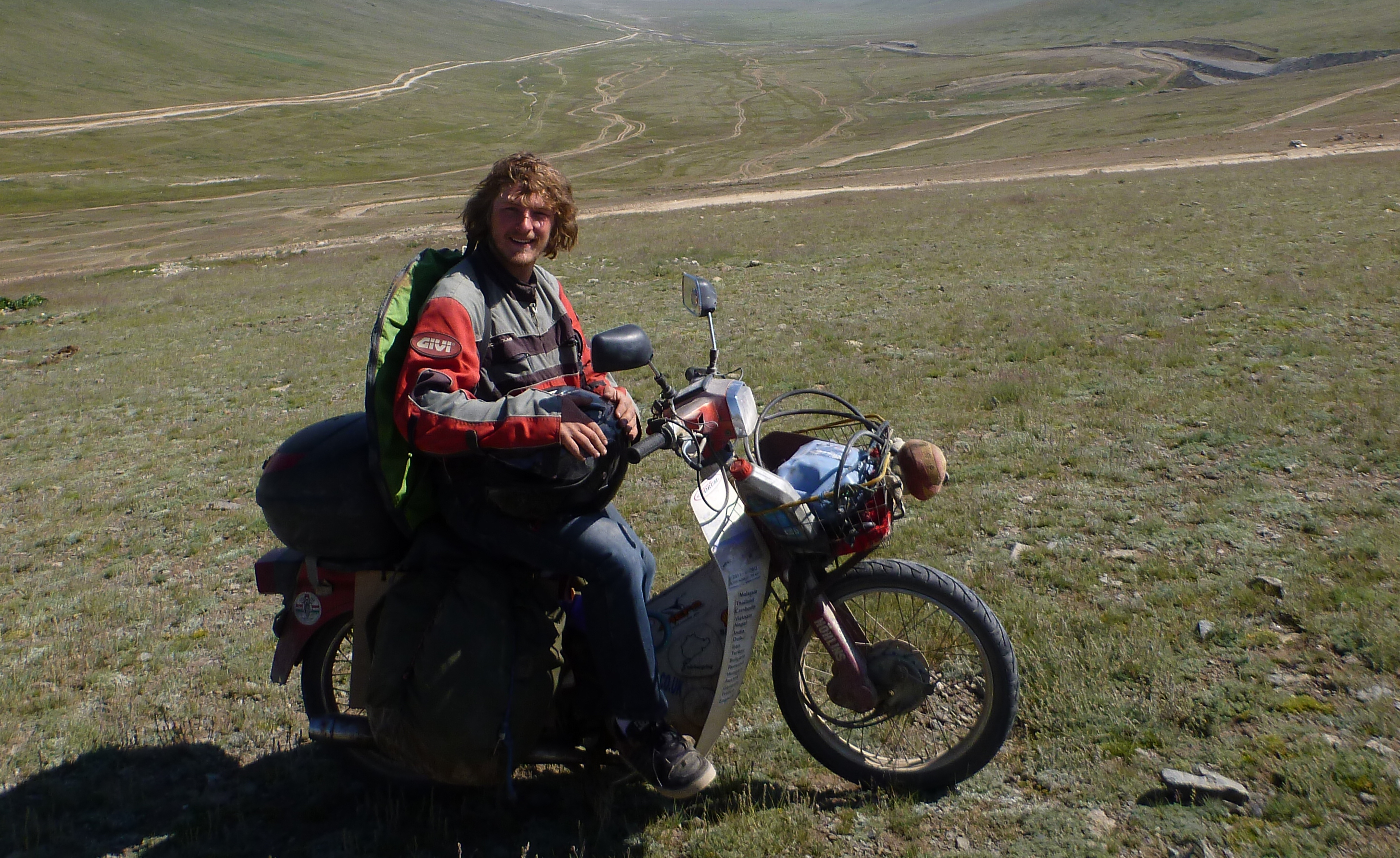 Ed March - Around The World On A 30-Year-Old Honda C90