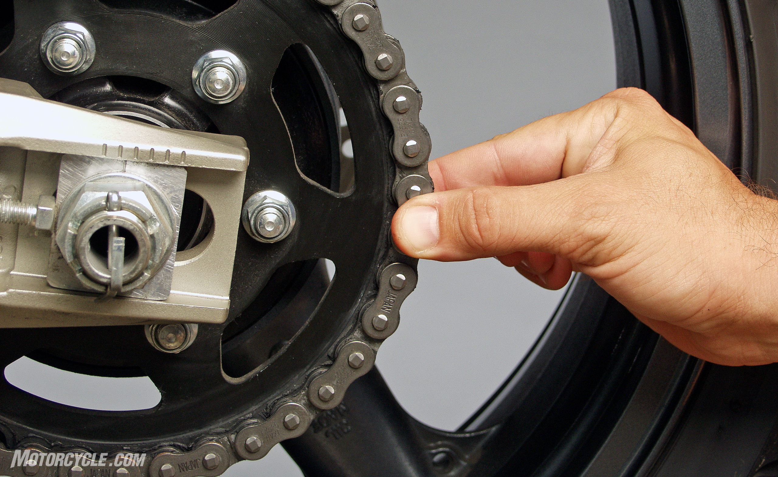 dfc8ff07a7991 How To Tell If Your Chain Needs Replacing