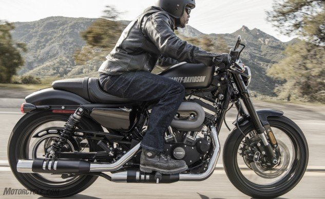 With a low-rise handlebar and mid-controls, the Roadster puts the rider in a relatively aggressive riding position.