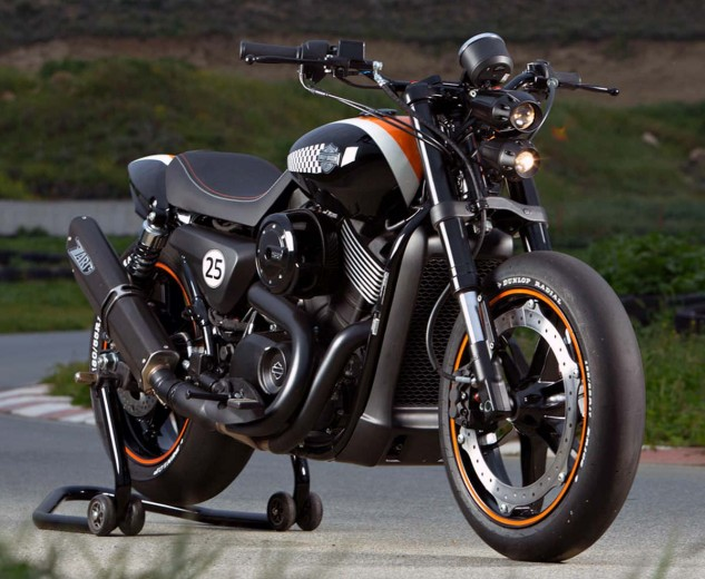 Personally I prefer the Streetfighter of Cyprus, another Street that's mostly all there including the stock radiator shroud, save a complete Buell front end with wide handlebar, big boy wheels and tires and excellent detailing and paint.
