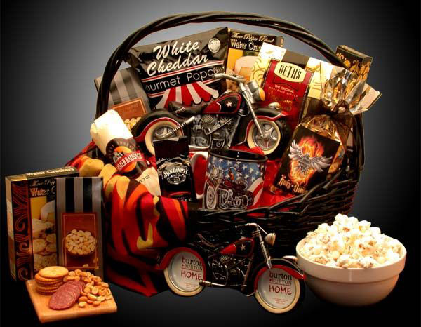 051616-fathers-day-motorcycle-themed-gift-basket