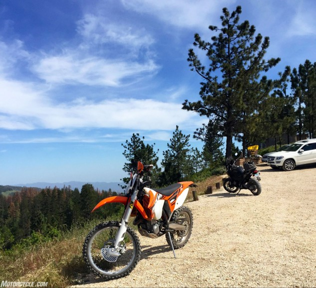 """Just like with big adventure bikes, a few people will drive their SUVs off the beaten path. Most of them are Euros on holiday. """"Is thees the weelderness?"""" Not quite, it's just over that next ridge."""