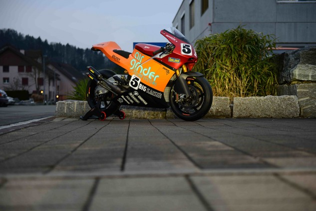 The two-stroke Suter MMX 500, to be raced by TT veteran Ian Lougher. Credit IOMTT