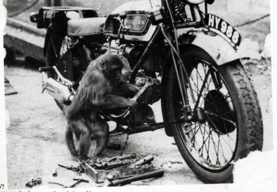 060916-top-10-tips-selling-motorcycle-09-monkey-wrenching