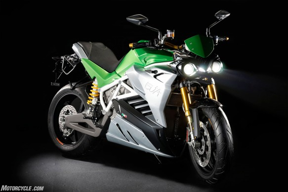061316-2016-Energica-Eva-Electric-Green-Credit-Gianluca-Muratori2