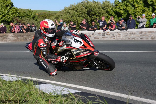 Michael Rutter at the Gooseneck during qualifying. Photo by Dave Kneen/Pacemaker Press.