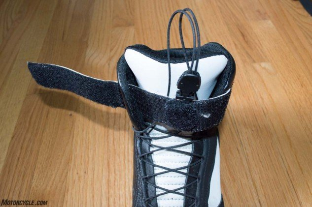 Such a simple device, but the speed-lace system is one of my favorite features of the boot. Slip your foot in, cinch up the laces, apply Velcro strip, go ride.