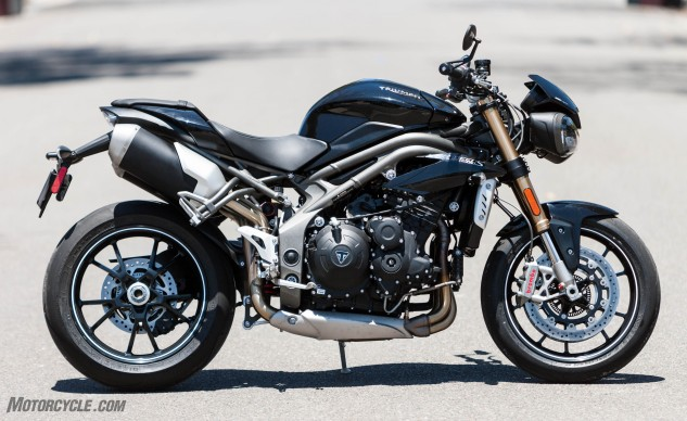 071916-2016-Triumph-Speed-Triple-S-right-side-static