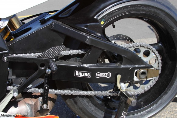 072516-wayne-rainey-replica-yamaha-yzr500-swingarm