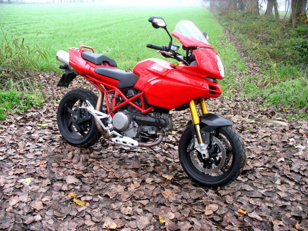 080416-top-10-disappointing-motorcycles-009-ducati-multistrada-1100