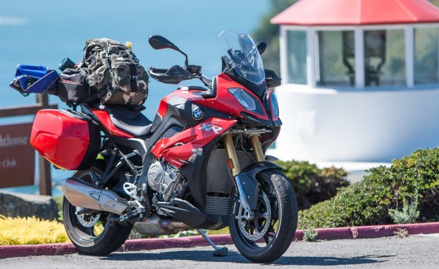 080916-mobo-2016-best-sport-touring-bmw-s1000xr
