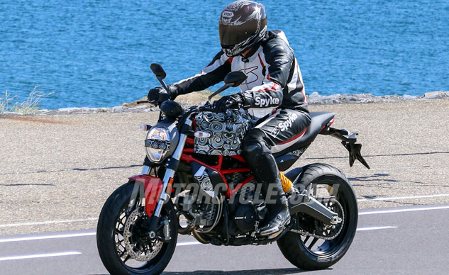 082516-spy-photos-bmh-2017-Ducati-Monster-803-f