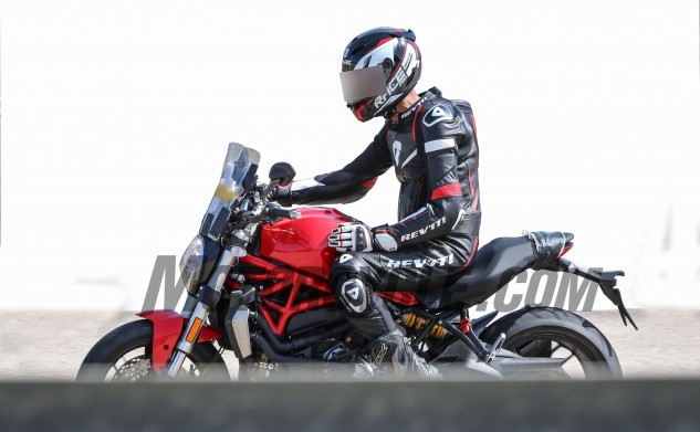 082616-bmh-images-spy-photos-Ducati-Monster-1200-Strada-001