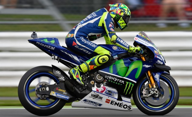 091916-askmoanything-rossi-yamaha-m1-clutch-1