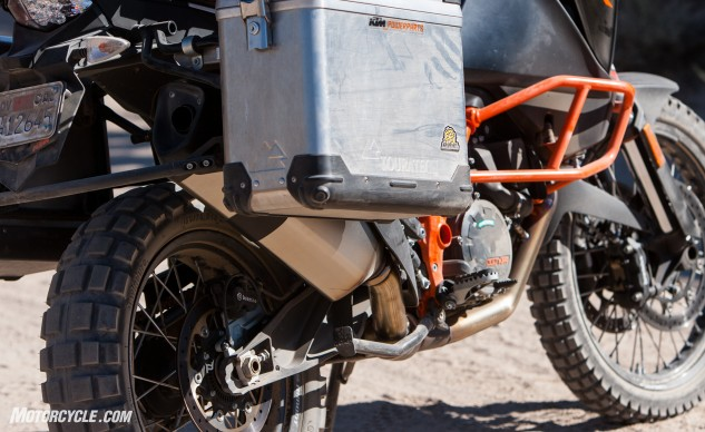 At 565 pounds, the KTM 1190 weighs a mere 20 wet pounds more than the 1000cc Honda Africa Twin but outputs substantially more power. The KTM's brakes are well-suited to both street and dirt riding, with a more powerful feel than the Honda while not sacrificing much in the way of modulation.