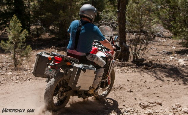 092316-Wire-Wheeled-Adventure-Tourers-Honda-6573-crf1000l-africa-twin