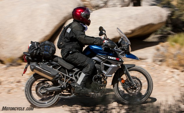 092316-Wire-Wheeled-Adventure-Tourers-Triumph-Tiger-800-XCa-6990