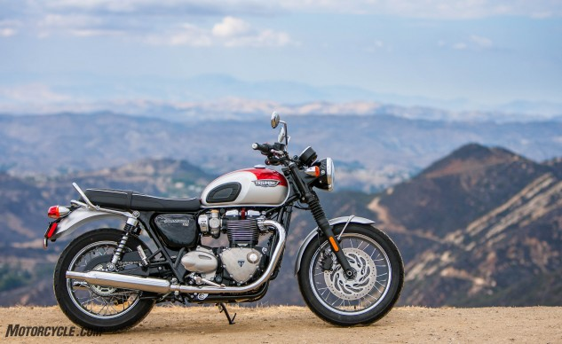 092916-Lifestyle-Showcase-Triumph-Bonneville-T120–2