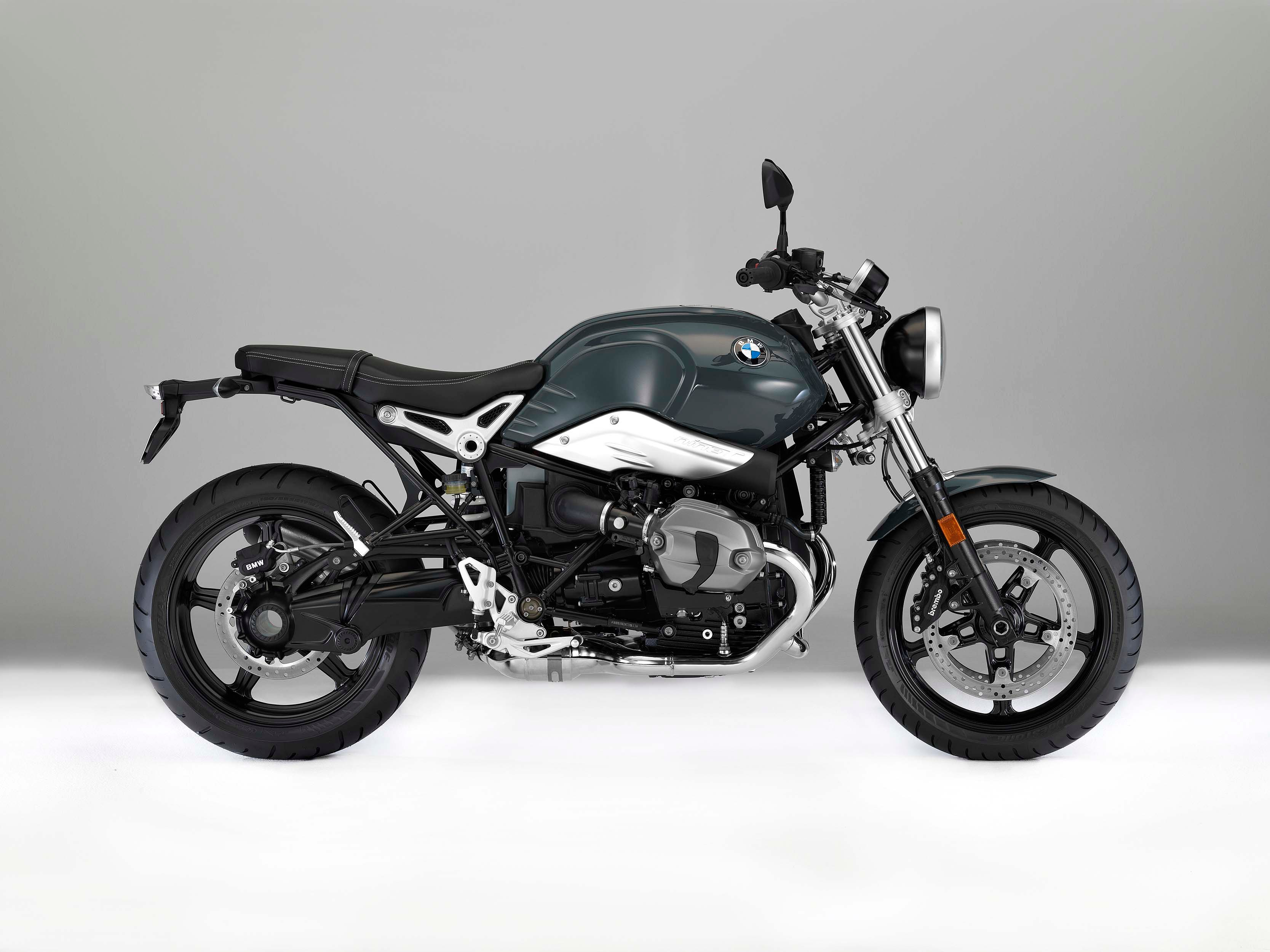 2017 bmw r ninet pure and r ninet racer previews. Black Bedroom Furniture Sets. Home Design Ideas