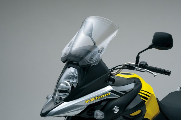 Stepping up to the XT gets you handguards and an engine cowl (not to be mistaken for a skid plate!).
