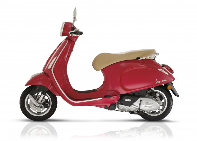 Vespa's new Primavera gets a pair of new Euro 4 Singles, 125 or 150cc, and standard ABS. It's available in four fashionable color schemes and yes there are accessories. Many, many accessories…