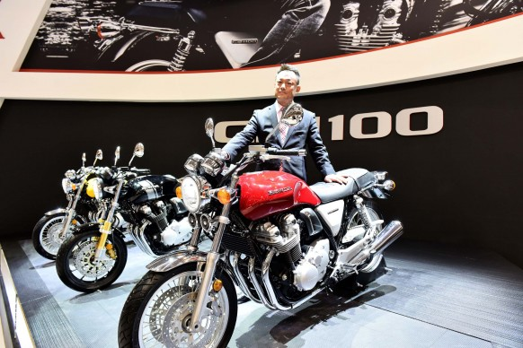 Intermot 2016 – 17YM CBR1000RR Fireblade SP/SP2 and 17YM CB1100 EX/RS