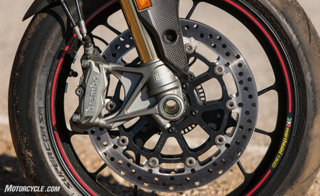 Brembo Monoblock brakes are excellent in both feel and stopping power. Working together with the new Öhlins fork provides superior front-end performance when braking, accelerating, and cornering. The SP is equipped with forged wheels, the non-SP model is not.