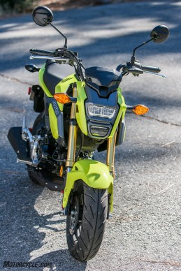 112516-125cc-shootout-Little-Bikes-Street-Honda-Grom-Action-
