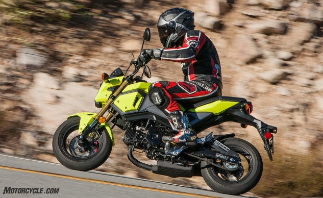 The Grom's neon coloring may be off-putting for some, and if you don't like it, you're probably not the target audience anyway. It also available in white, red or black.