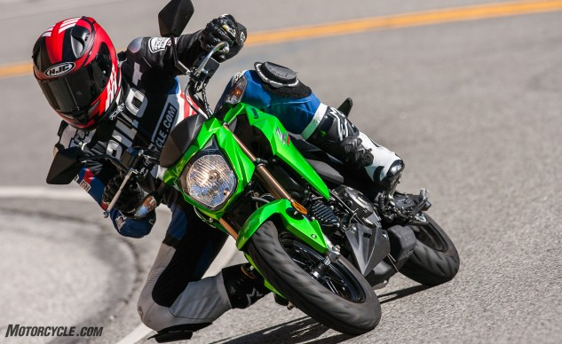 112516-125cc-shootout-Little-Bikes-Street-Kawasaki-Z125-Pro-Action-2536
