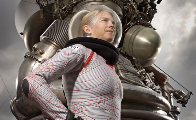 122916-dainese-proxima-mission-space-suit-Biosuit_Dava-Newman-f
