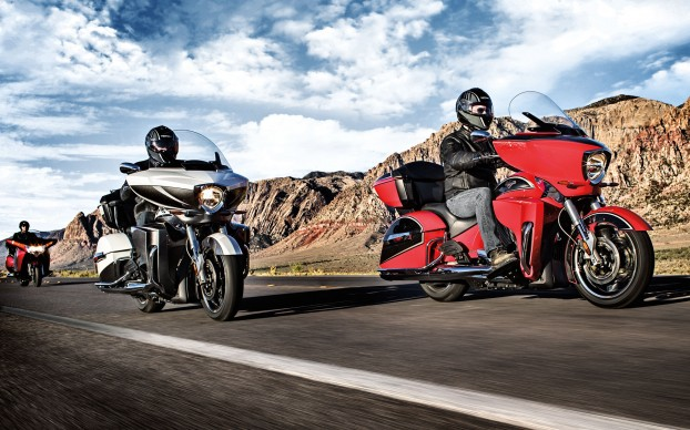 010917-2015-victory-touring-models
