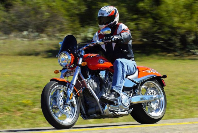 010917-top-10-victory-motorcycles-all-time-05-hammer