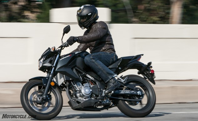 At only 351 lbs, the Honda CB300F is feathery light and far from intimidating for even the newest of riders.