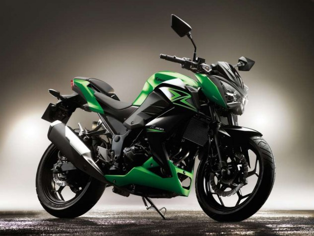 Kawasaki's 296cc Z300 would have fit in perfectly with the Honda and Benelli, but for reasons unknown to us, it (and the Yamaha FZ/MT-03) isn't being sold on this side of the pond.