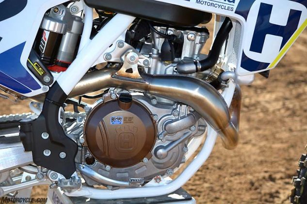 The Husqvarna's fuel-injected SOHC engine churned out the most horsepower and torque during our dyno thrash, delivering 54.4 horsepower at 9700 rpm.