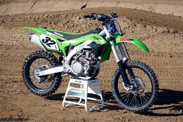 The 2017 Kawasaki KX450F is marginally different from the completely redesigned 2016 model. Changes for '17 include revisions to the KX's Showa air fork and Uni-Trak rear suspension.