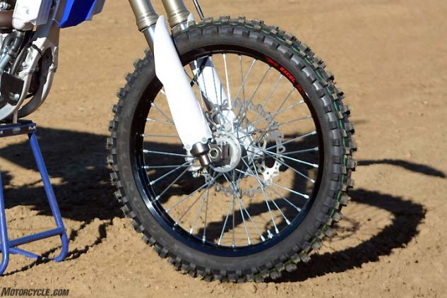 Despite its massive 270mm front binder, the Yamaha's braking seemed to be a little confused. Both the front and rear brakes lack power compared to other bikes in the class, and some testers even complained that the rear was too quick to lock up under heavy braking.