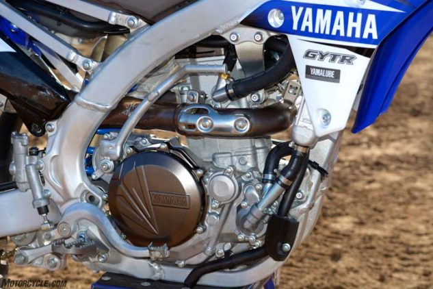 the yamaha's dohc engine is the class leader when it comes to torque, 33 3  lb