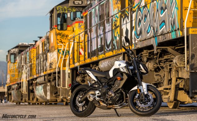 2017 Yamaha FZ–09 beauty