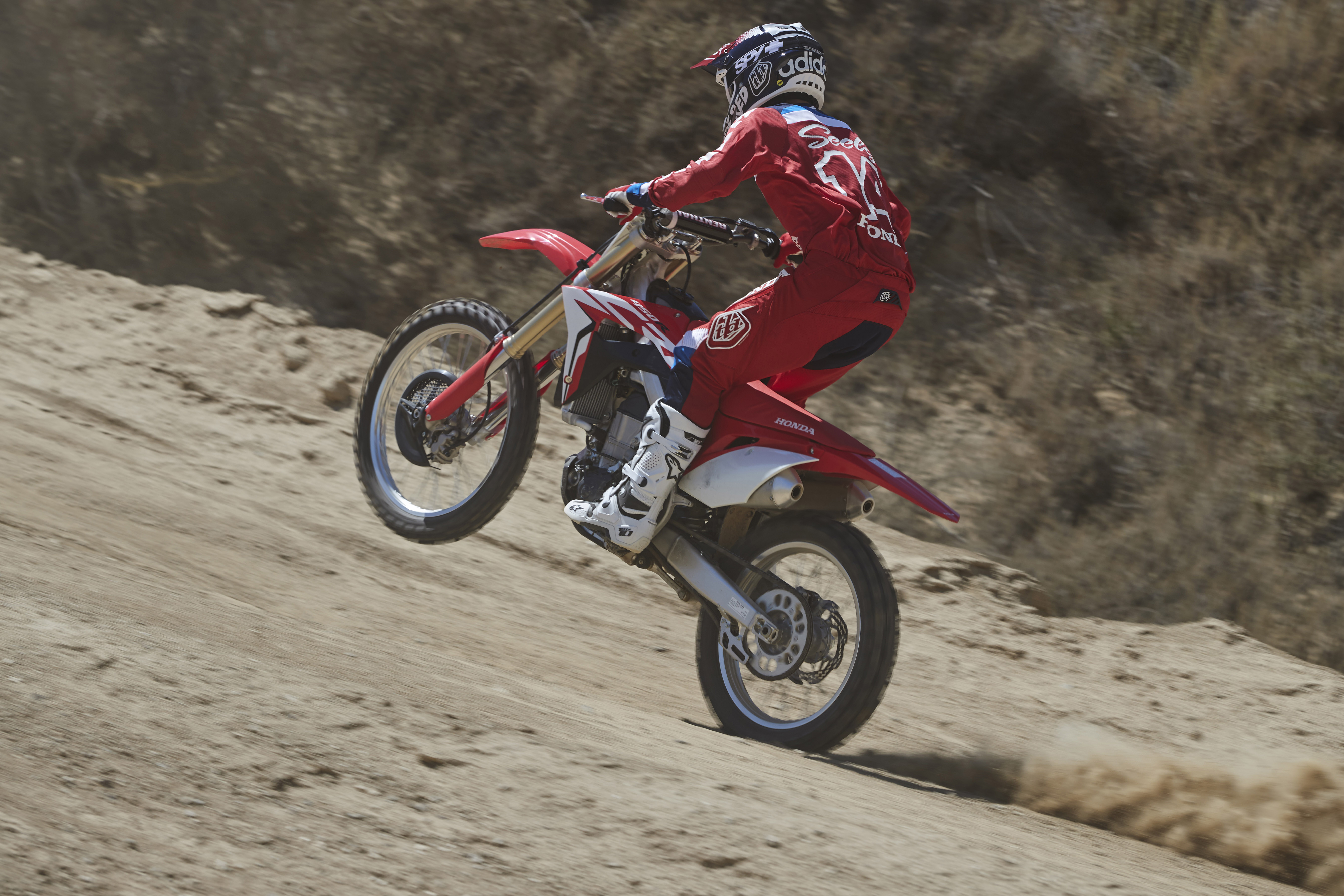 Six Things To Love About Hondas Crf450r