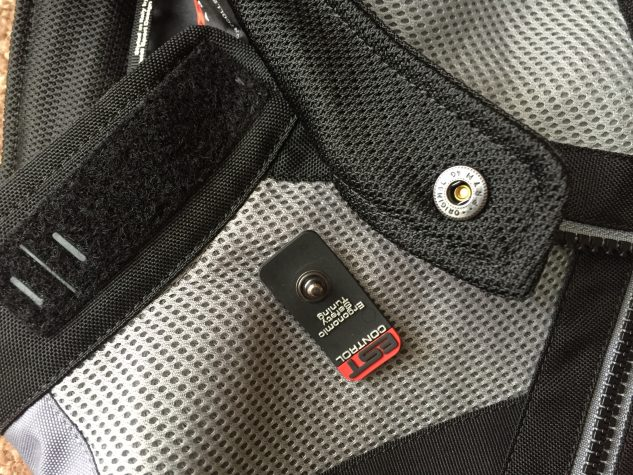 A design flaw with the Ventamax H2Out is the snap-on velcro closure. When pulled it can unsnap leaving the velcro piece affixed to the other side of the collar. Why Spidi didn't directly attach it to the left-side collar is a mystery. For comfort and to keep from sticking to your skin, the jacket features a full mesh interior while the rain liner sports mesh in the arms and upper torso areas.